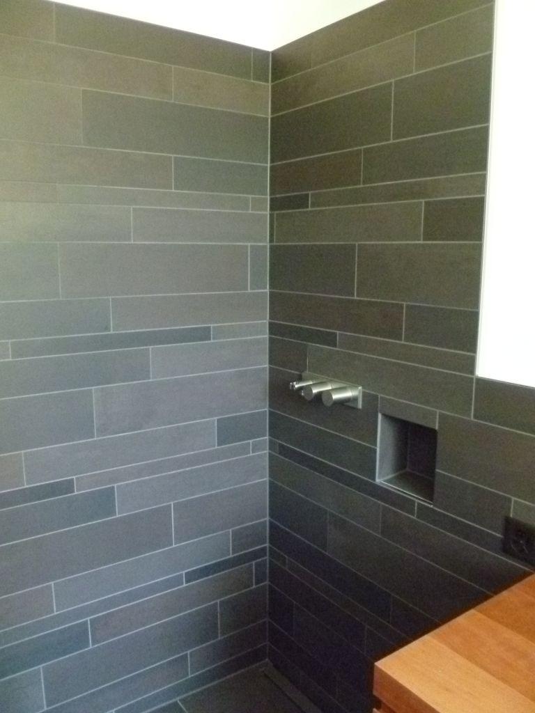 Keramische platten und natursteinbel ge - Wandplatten bad ...